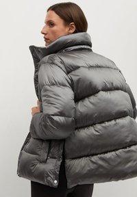 Mango - OPERA - Winter jacket - marron moyen - 2