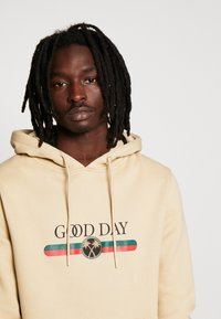 Cayler & Sons - GOOD DAY - Hoodie - sand - 4