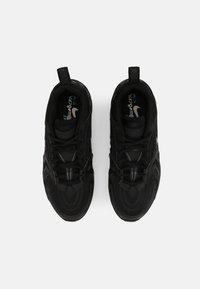 Nike Sportswear - AIR VAPORMAX EVO UNISEX - Baskets basses - black - 7
