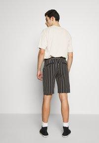 Redefined Rebel - NEBRASKA - Shorts - black - 2