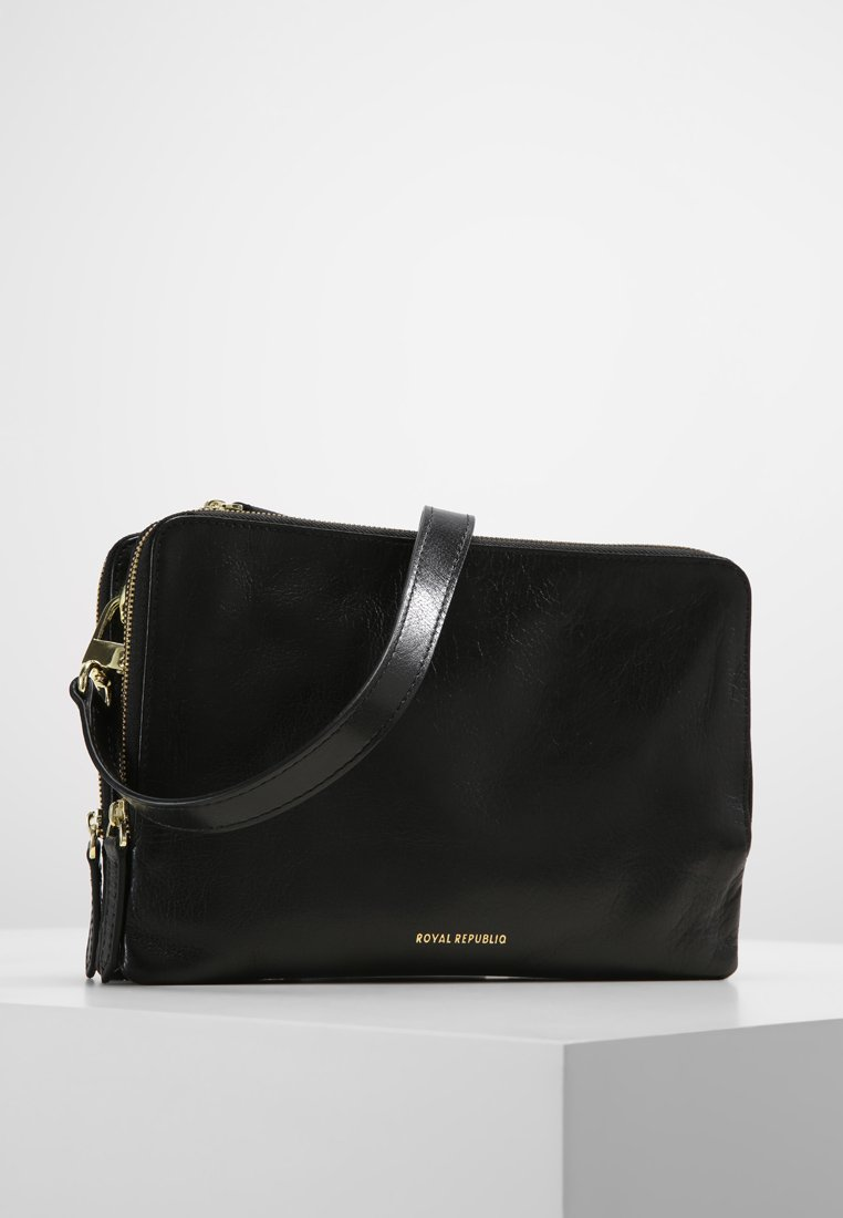Royal RepubliQ - CATAMARAN  - Across body bag - black