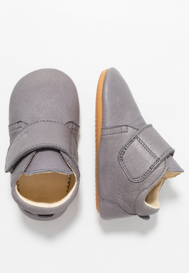 NATUREE CLASSIC MEDIUM FIT - First shoes - dark grey