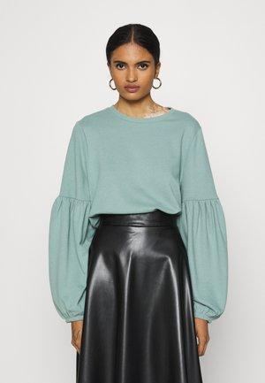 ONLANDY PUFF  - Sweater - chinois green