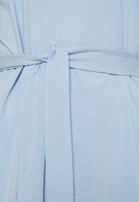 Vero Moda Tall - VMOLIVA O NECK DRESS - Jersey dress - cashmere blue - 2