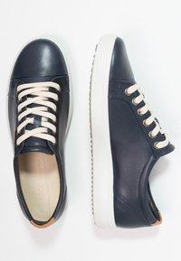 ECCO - SOFT - Sneakers laag - marine - 3