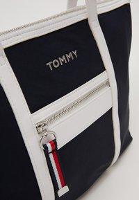Tommy Hilfiger - SATCHEL - Håndveske - blue - 4