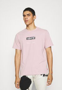 Levi's® - RELAXED FIT TEE - T-shirt med print - keepsake lilac - 0