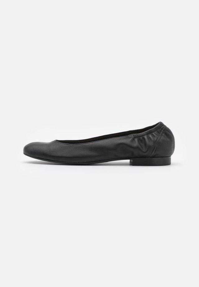 ELASTIC - Klassischer  Ballerina - black