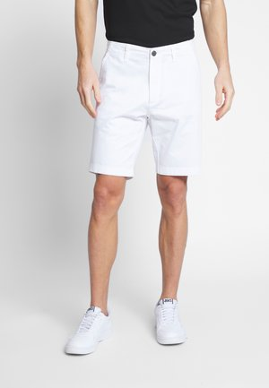 EVEN TAILORED - Shorts - white