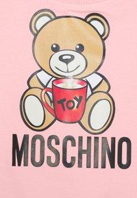 MOSCHINO - ADDITION UNISEX - Sweatshirt - sugar rose - 2