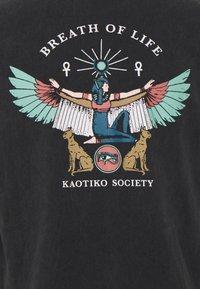 Kaotiko - T-shirt med print - black - 2