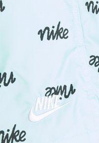 Nike Sportswear - FLOW  - Shorts - light dew - 3