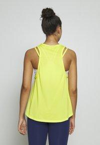 Tommy Sport - STRAPPY BOYFRIEND TANK - Sports shirt - green - 2