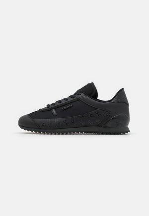 MONTANYA - Sneakers laag - black