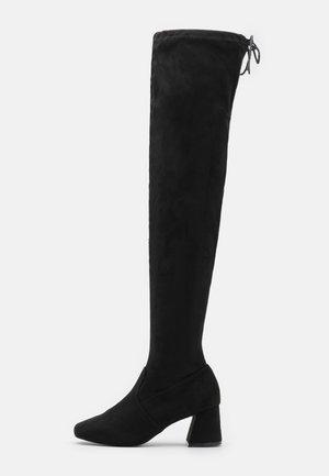 OTIS BRICKS HIGH LEG VERSION - Kozačky nad kolena - black
