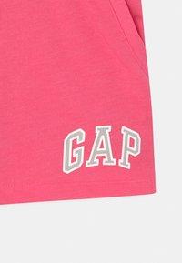 GAP - GIRL LOGO  - Kraťasy - pink jubilee - 2