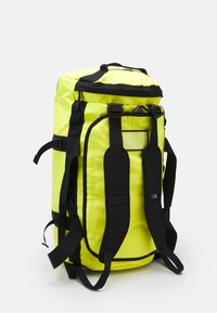 The North Face - BASE CAMP DUFFEL M UNISEX - Sports bag - light yellow - 3