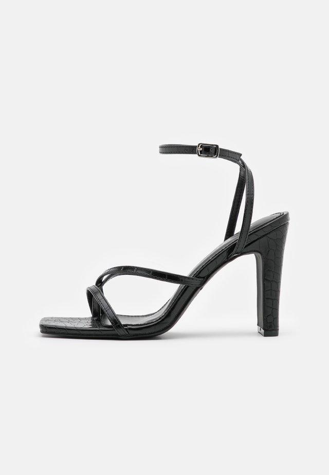 CAIRO - Flip Flops - black