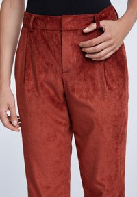 SET - Trousers - maroon - 4