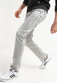G-Star - 3301 STRAIGHT - Straight leg jeans - kamden grey stretch denim - 3