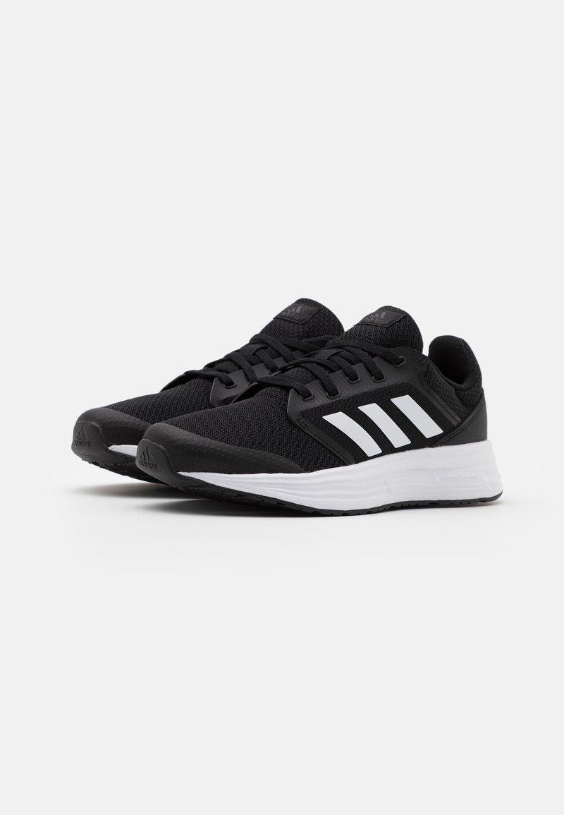 Decorativo Valiente Arashigaoka  adidas Performance GALAXY 5 - Zapatillas de running neutras - core  black/footwear white/grey six/negro - Zalando.es