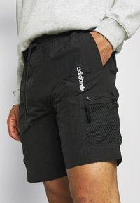 adidas Originals - UNISEX - Shorts - black - 4