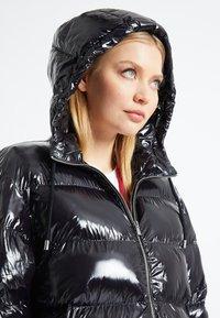 Pinko - VERNA - Winter coat - black - 6