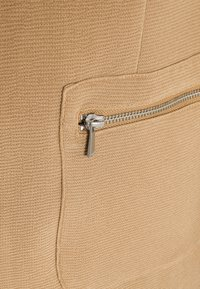 ONLY - ONLLINEA MIRIAM ZIP COATIGAN  - Manteau court - tigers eye - 6
