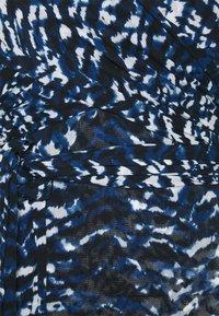 Diane von Furstenberg - ABBIE BODYSUIT - Print T-shirt - blue - 2