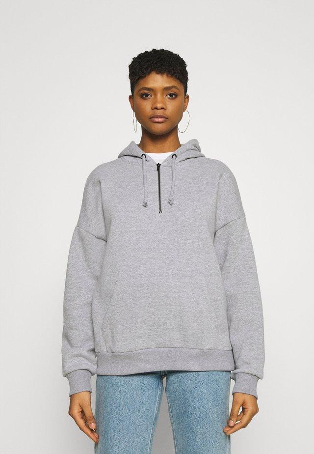 OVERSIZED HALF ZIP SWEAT  - Jersey con capucha - mottled light grey