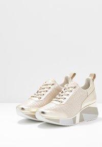 CAFèNOIR - Sneakers - platino - 4