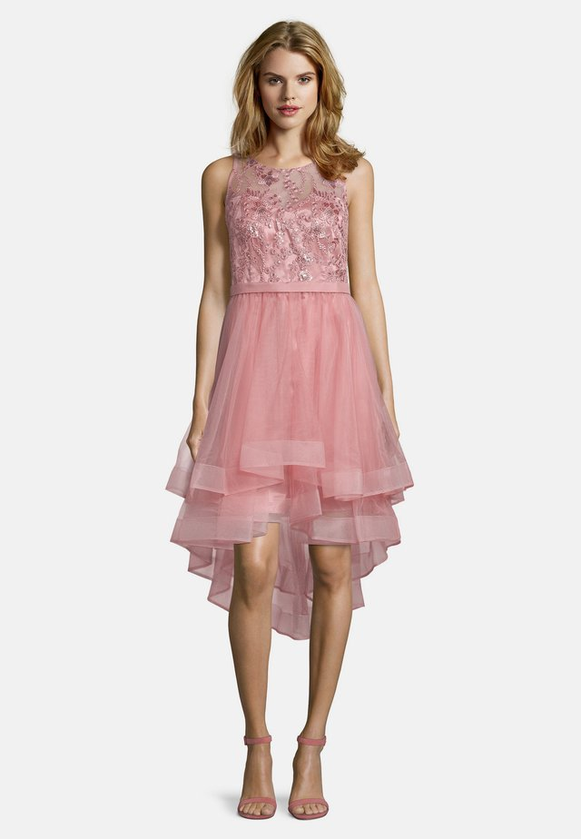 Occasion wear - cozy pink