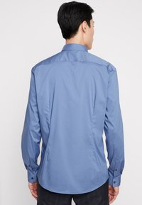 CELIO - MASANTAL SLIM FIT - Formal shirt - bleu gris - 2