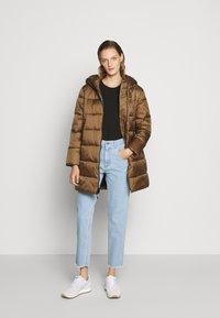 Blauer - IMPERMEABILE TRENCH LUNGHI OVATTA - Winter coat - dachshund - 1
