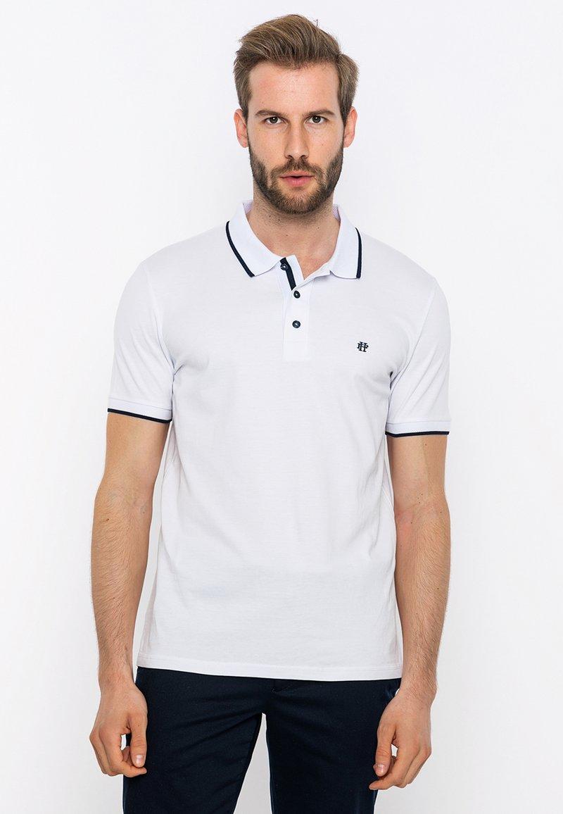 Felix Hardy - Polo shirt - white