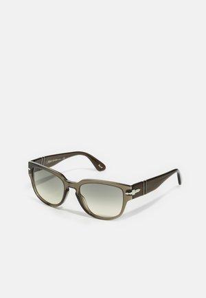 Okulary przeciwsłoneczne - smoke opal
