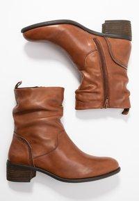 Steven New York - MODETTE - Kotníkové boty - cognac - 3