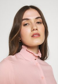 Carin Wester - VEDA - Button-down blouse - light pink - 3