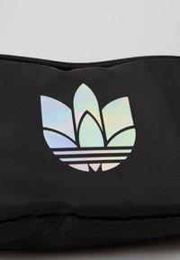adidas Originals - ESSENTIAL WAIST - Bum bag - black - 3