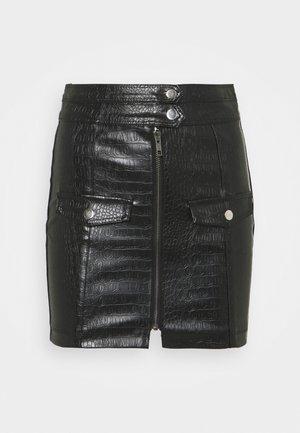 CROC POCKET DETAIL MINI SKIRT - Mini skirt - black
