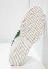 Diadora - GAME WAXED - Sneakers hoog - white/fogliage - 4