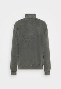 Carhartt WIP - MOSBY SCRIPT HIGHNECK - Sweatshirt - black - 6