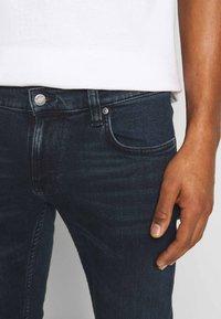 Nudie Jeans - TIGHT TERRY - Slim fit -farkut - blue revelation - 4