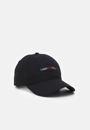 PRIDE MONOGRAM UNISEX - Cap - black