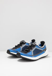 adidas by Stella McCartney - PULSEBOOST HD S. - Neutral running shoes - bright royal/utility black/footwear white - 2