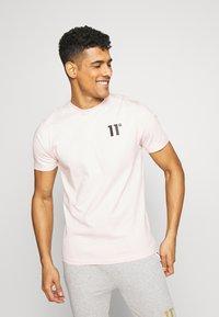 11 DEGREES - CORE  - T-shirt basic - powder pink - 0