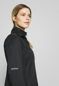 Norrøna - FALKETIND OCTA JACKET - Outdoor jacket - caviar - 3