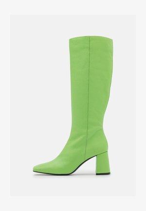 Botas - green
