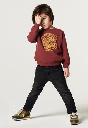 Sweater - oxblood red