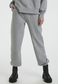 Gestuz - Tracksuit bottoms - light grey melange - 0